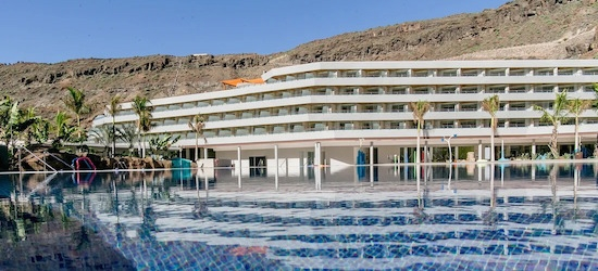 5* luxury half-board Gran Canaria escape