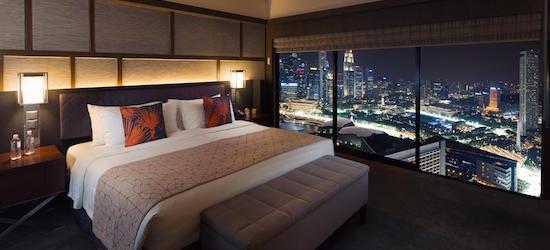 5* Singapore escape w/breakfast & flights