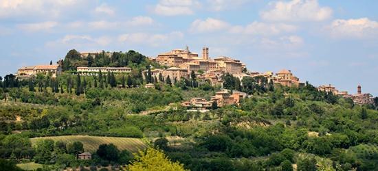 Based on 2 people per night | Charming Tuscany stay at a rustic pad, Palazzo Mosela alla Porta, Italy