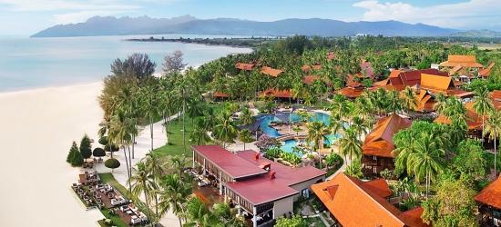 Langkawi: 5-star beach week & breakfast, save 20%