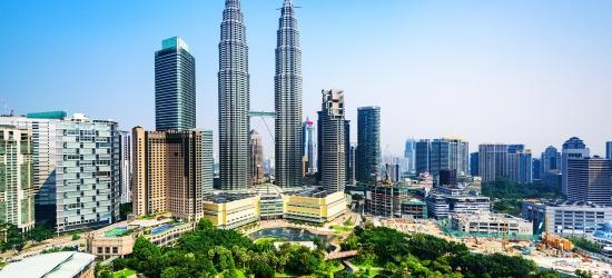 Kuala Lumpur: 4-star city break & breakfast