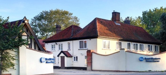 £79 -- Suffolk getaway with meals & wine, save 47%