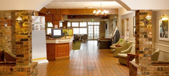 Peterborough: Double Room for Two with Breakfast and Option for Two-Course Dinner at Dragonfly Hotel Peterborough