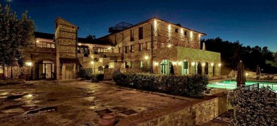 Chianti: voucher da 1 o 2 notti con colazione, cena, Spa e massaggio per 2 al Compagnie Des Hotels Radda 4*