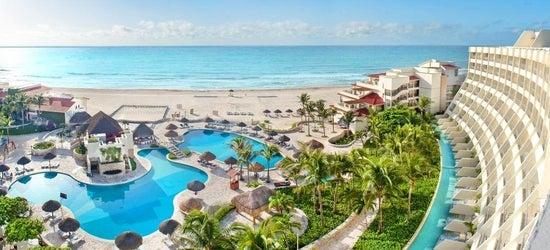 5* luxury Cancun escape
