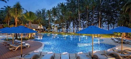 5* luxury Thailand escape w/breakfast & flights