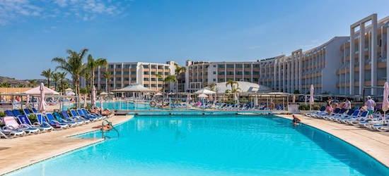 Half-board PLUS 4* Malta getaway
