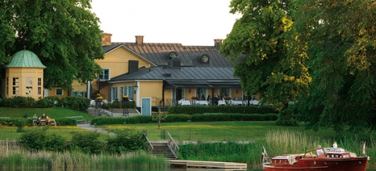 $ Based on 2 people per night | Elegant Stockholm stay by the lake & Old Town, Hotell Stallmastaregarden, Sweden
