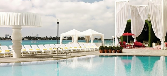 £122 & up -- Lively South Beach Hotel w/Breakfast, 50% Off