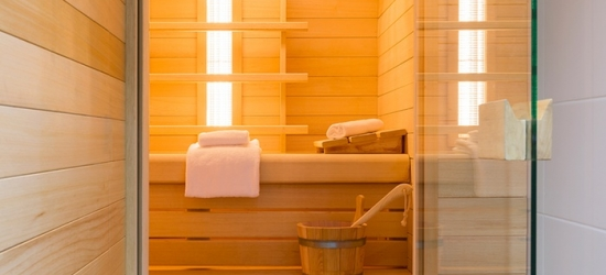 Nieuwpoort: Classic or Luxury Room for 2 or Family Room for 4 with Wellness Facilities Use at Ibis Styles Nieuwpoort