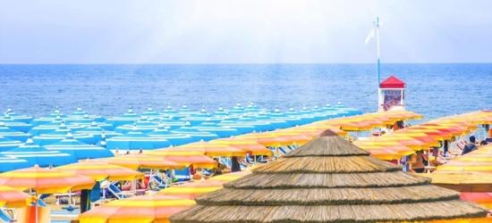 Riviera Romagnola: 2 notti in mezza pensione o 7 notti in pensione completa per 2 persone all'Hotel Corallo