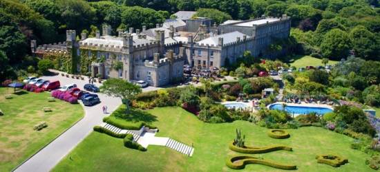 2nt Luxury St Ives Castle Stay, Welcome Drink & Cream Tea