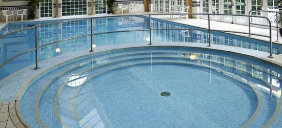 4* Tunbridge Wells Stay, Dining, Breakfast & Leisure Access for 2