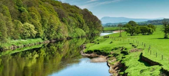 Lake District Escape, Breakfast, 2-Course Dinner & Wine for 2
