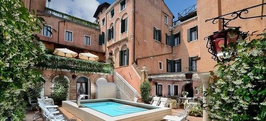 4* Venetian Riviera escape w/breakfast & flights