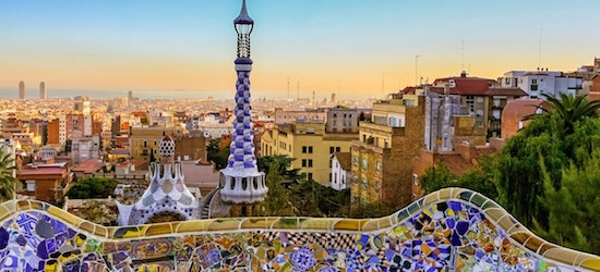 4* Barcelona coastal city break w/flights