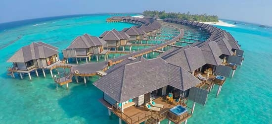 5* luxury Maldives escape w/board upgrade