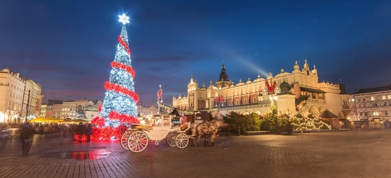 4* Krakow Christmas market break w/flights