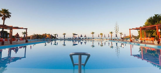 All-inclusive Algarve beach week w/flights