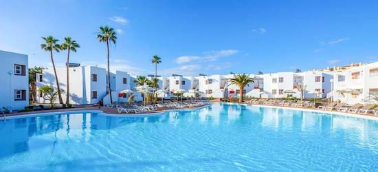 4* all-inclusive Fuerteventura getaway w/flights