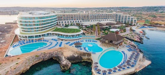 4* Malta week w/breakfast & flights