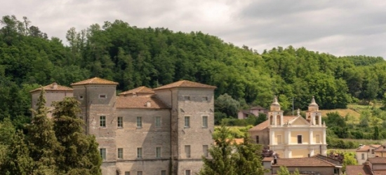$ Based on 2 people per night | Scenic Tuscan stay at a restored 17th century castle with spa, Castello di Pontebosio, Italy
