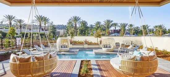 £87-- 5-Star Adults-Only Stay in So-Cal, 50% Off