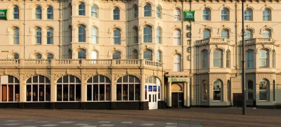 Blackpool Escape, Breakfast, Arrival Drink & Late Check Out for 2