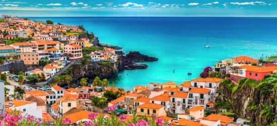 Deluxe Seafront Madeira Stay with Flights