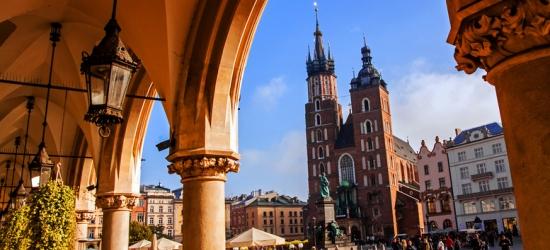 Central Krakow Apartment Escape  - Auschwitz Tour Option!