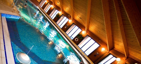 1-2nt Cheshire Retreat, Breakfast, Spa Access & Prosecco for 2