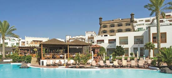 5* all-inclusive Lanzarote week w/flights