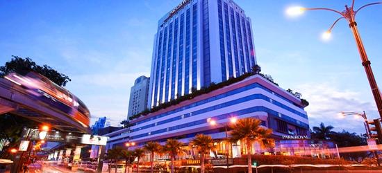 5* Kuala Lumpur escape w/breakfast & flights
