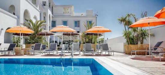 Deluxe 4* Sardinia holiday w/breakfast & flights