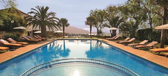 5* luxury Madeira escape w/breakfast & flights