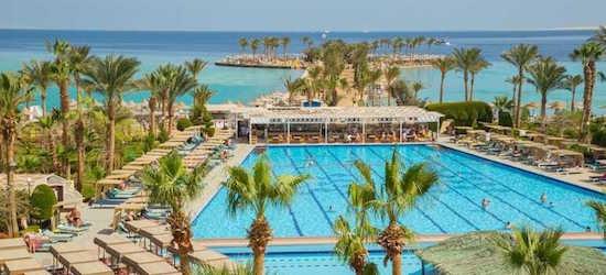 4* all-inclusive Hurghada getaway w/flights