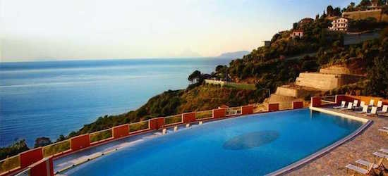 4* Sicily holiday w/breakfast & flights