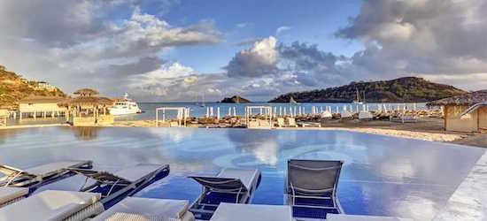 Luxury 5* all-inclusive Antigua getaway w/flights