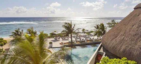 4* adults-only Mauritius getaway w/flights