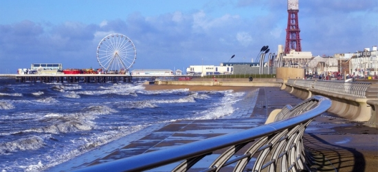 Blackpool: 2-4 Nights for Up to Three with Continental Breakfast, Tea or Coffee and Biscuits at The Derwent Hotel