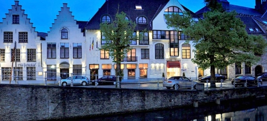 Bruges: Standard or Comfort Room for Two with Breakfast, Wellness, and a Welcome Drink at Hotel de' Medici