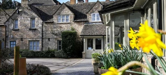 Cotswolds: Standard Double Room for Two with Breakfast and Option for Two-Course Dinner at Stratton House Hotel