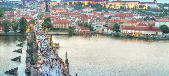 ✈ Prague: 2-4 Nights at Choice of 4* Hotels with Breakfasts, River Cruise and Flights*
