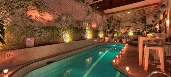 Marrakech: camera deluxe con colazione, cena, transfer e massaggio opzionale al Bab Hotel 4*