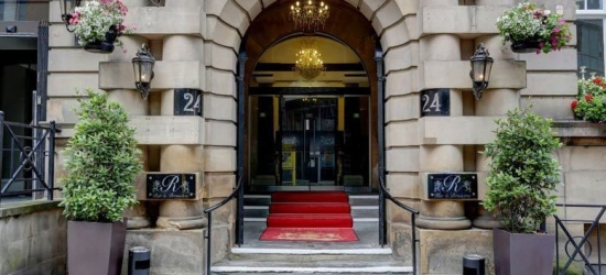 4* Stay, Breakfast & Prosecco for 2 @ 4* The Richmond, Liverpool