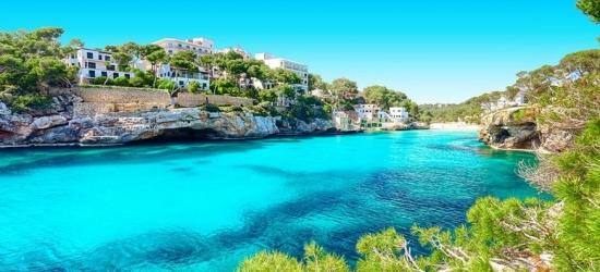 Self-Catered Mallorca Beach Apartment  – 4* Option!