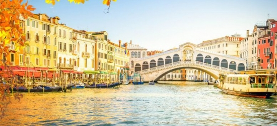 Venice Escape & Romantic Gondola Ride