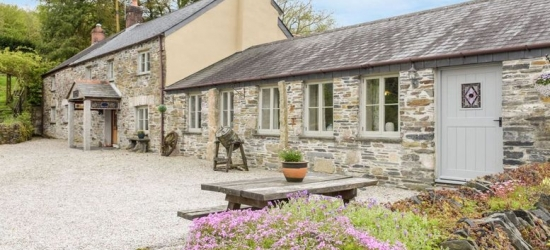 3-7nt Cornwall Cottage Escape for up to 6
