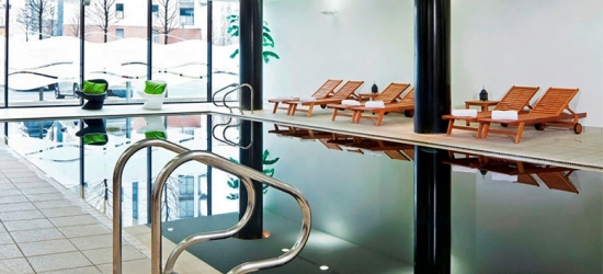 4* Park Inn by Radisson Manchester City Centre Break & Spa Access