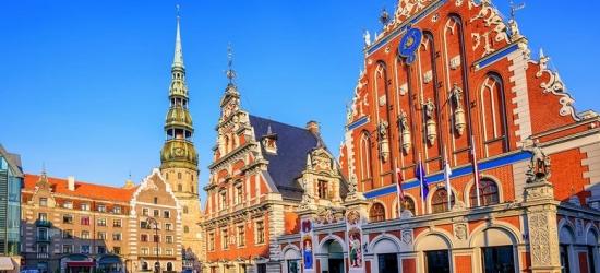 Explore Riga's Old Town - Central Hotel !